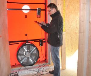 blower door messung ingenieurb ro keil. Black Bedroom Furniture Sets. Home Design Ideas